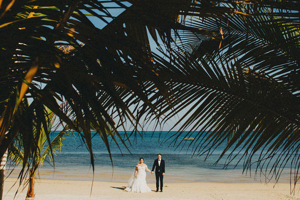 Favi + Michael . Roatan Honduras . Wedding