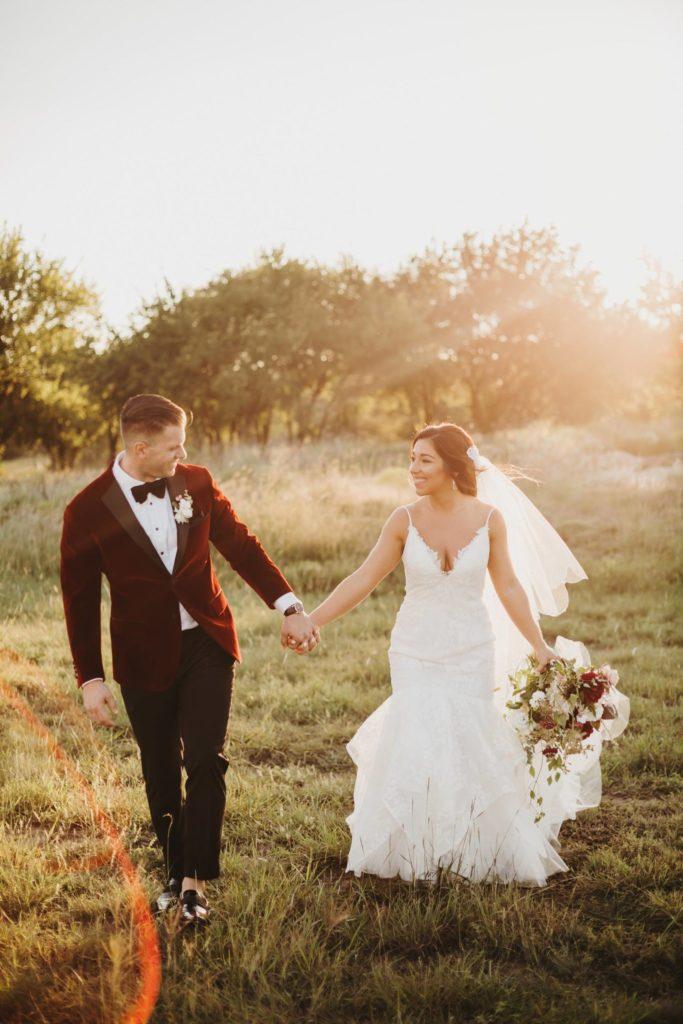 Austin sunny backlit wedding photographers